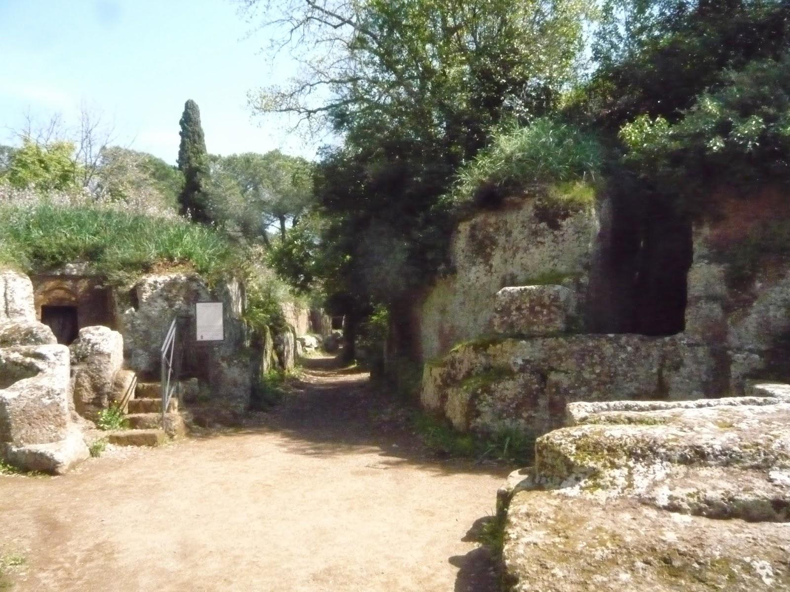 P1090143 - A Necrópole Etrusca de Cerveteri