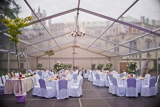 Wynajem namiotów weselnych Kraków, wypożyczalnia namiotów Kraków, Polish wedding Planner, Wedding in Poland, ślub międzynarodowy, dekoracje florystyczne namiot