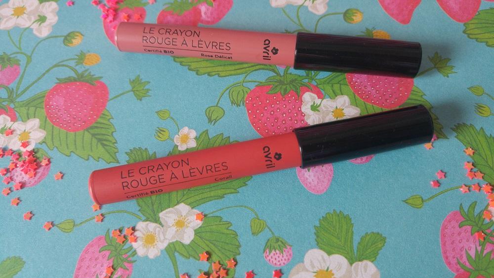 Crayon rouge à lèvres Avril rose délicat et corail