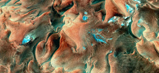 sea bottom,Abstract Naturalism,abstract photography deserts of Africa from the air,artistic design for painters,