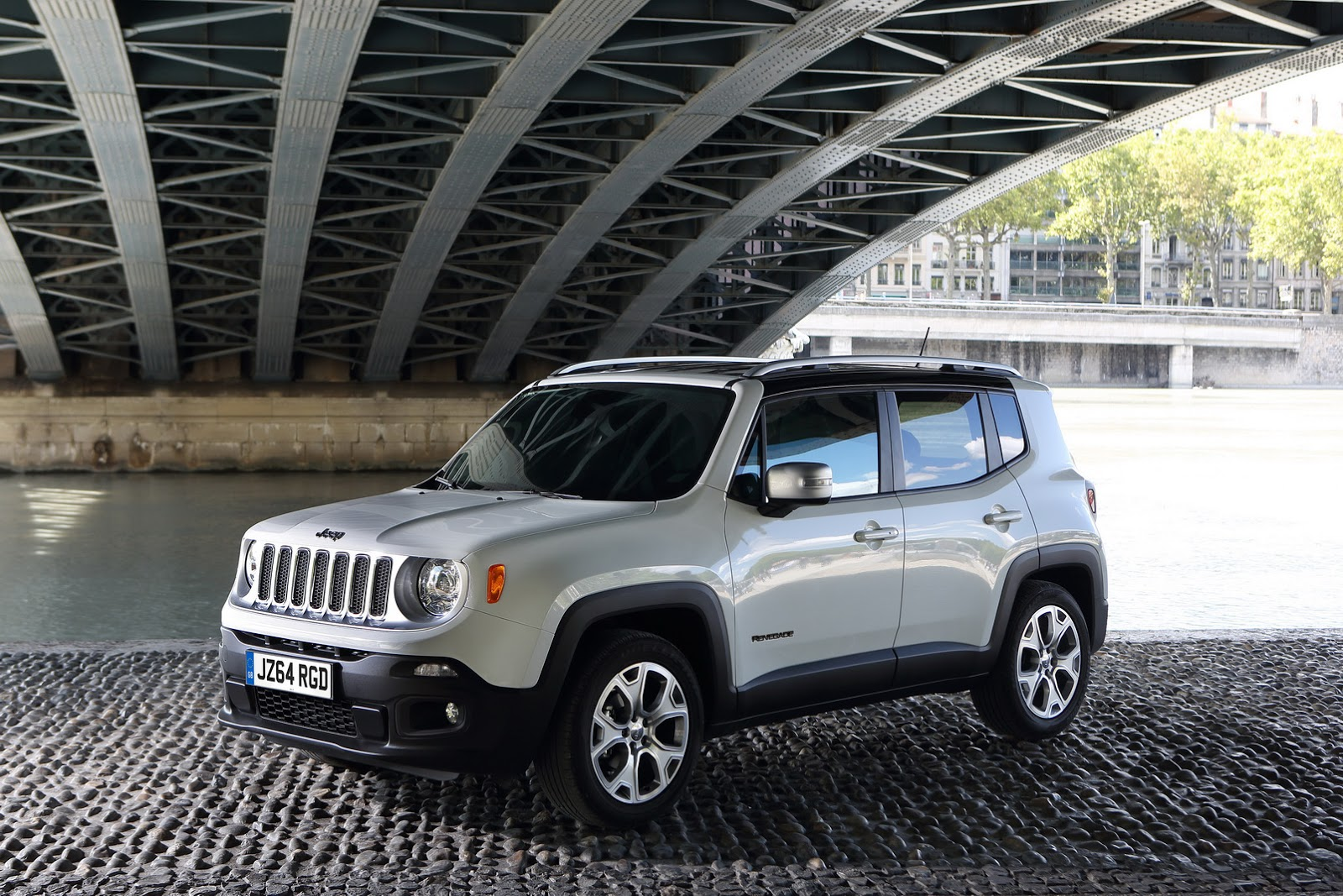 New Jeep Renegade Starts from £16,995 in the UK ...