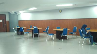 ruang tunggu lt3 ruang dosen sistem informasi stikom surabaya