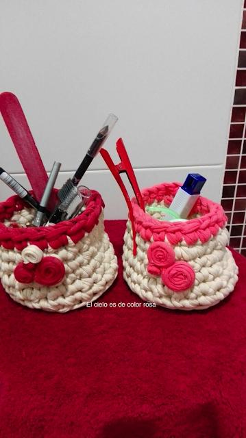 cestas de trapillo a juego para cosmetica