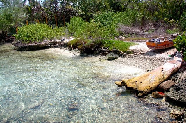 A praia do narcotráfico, onde tomamos nosso primeiro banho de mar na Colômbia.