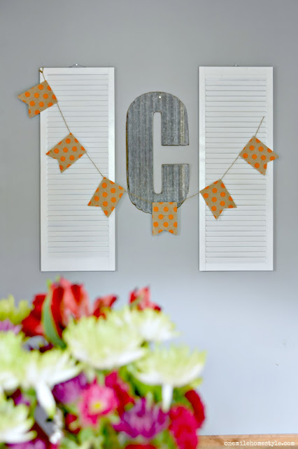 Simple fall bunting in a farmhouse style kitchen