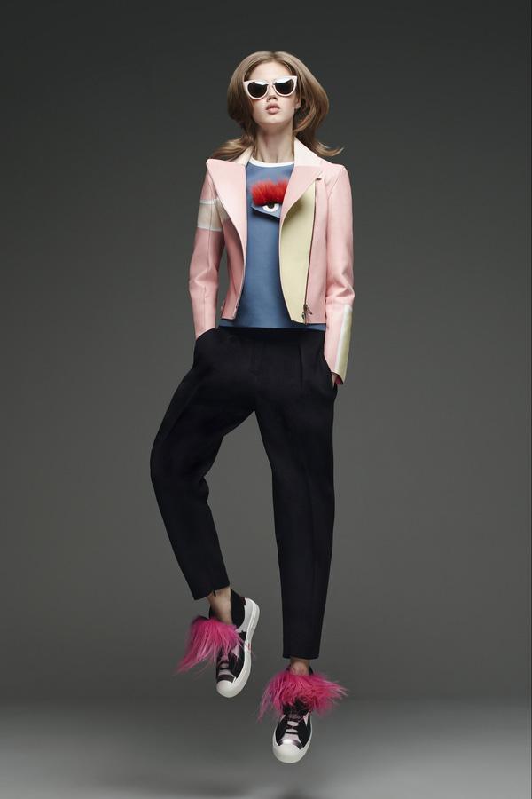 11 bằng chứng cho thấy giảy tăng chiều cao nữ sneaker vẫn đáng được sở hữu trong năm 20136