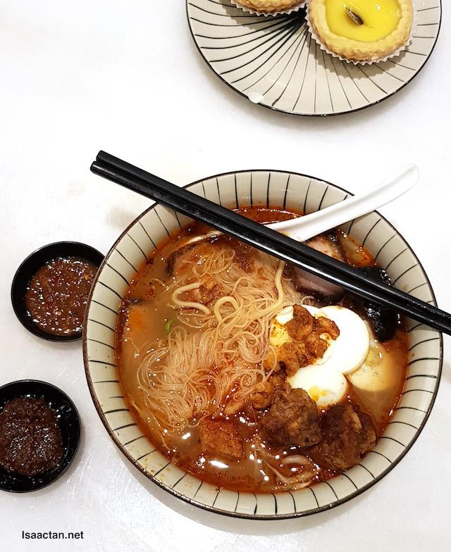Supreme Prawn Noodles