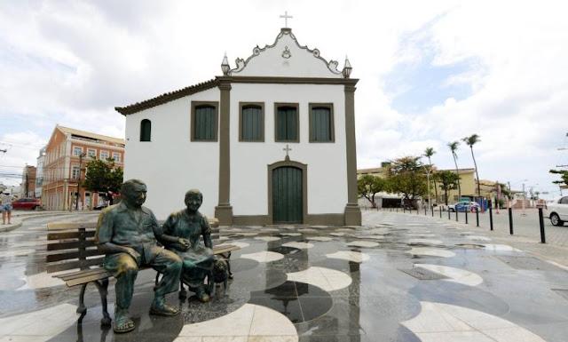 Viver Rio Vermelho terá shows, cortejos e programação infantil pelas ruas do bairro
