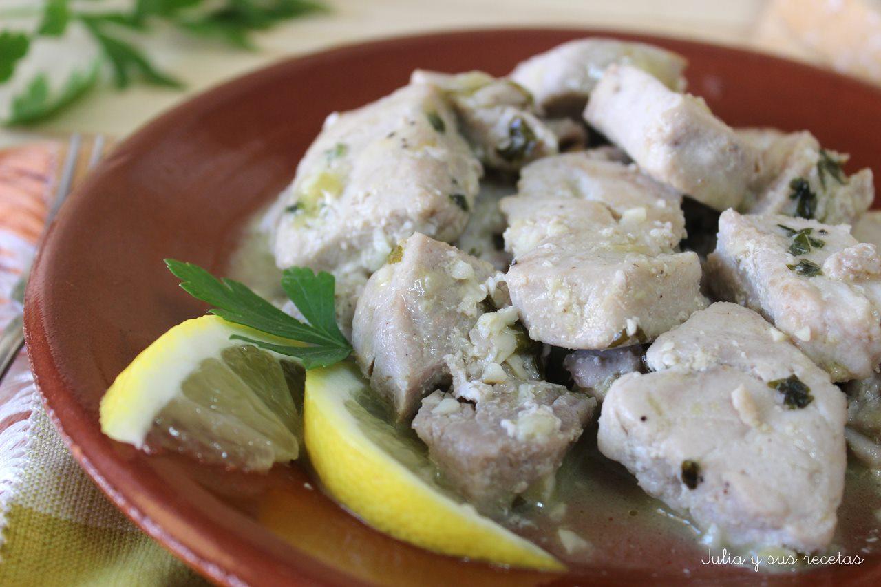 Julia y sus recetas at n salteado al ajo lim n - Cocinar atun congelado ...