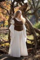 Éowyn's Shieldmaiden Dress Tutorial by HappilyGrim