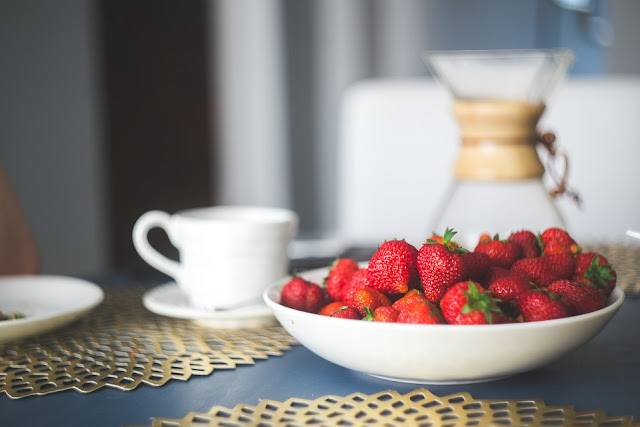 Benefits Of Strawberries, strawberry nutrition, Health Benefits Of Strawberries, Strawberry Benefits, healthy food, healthy eating, foods for skin, Strawberry Health Benefits,