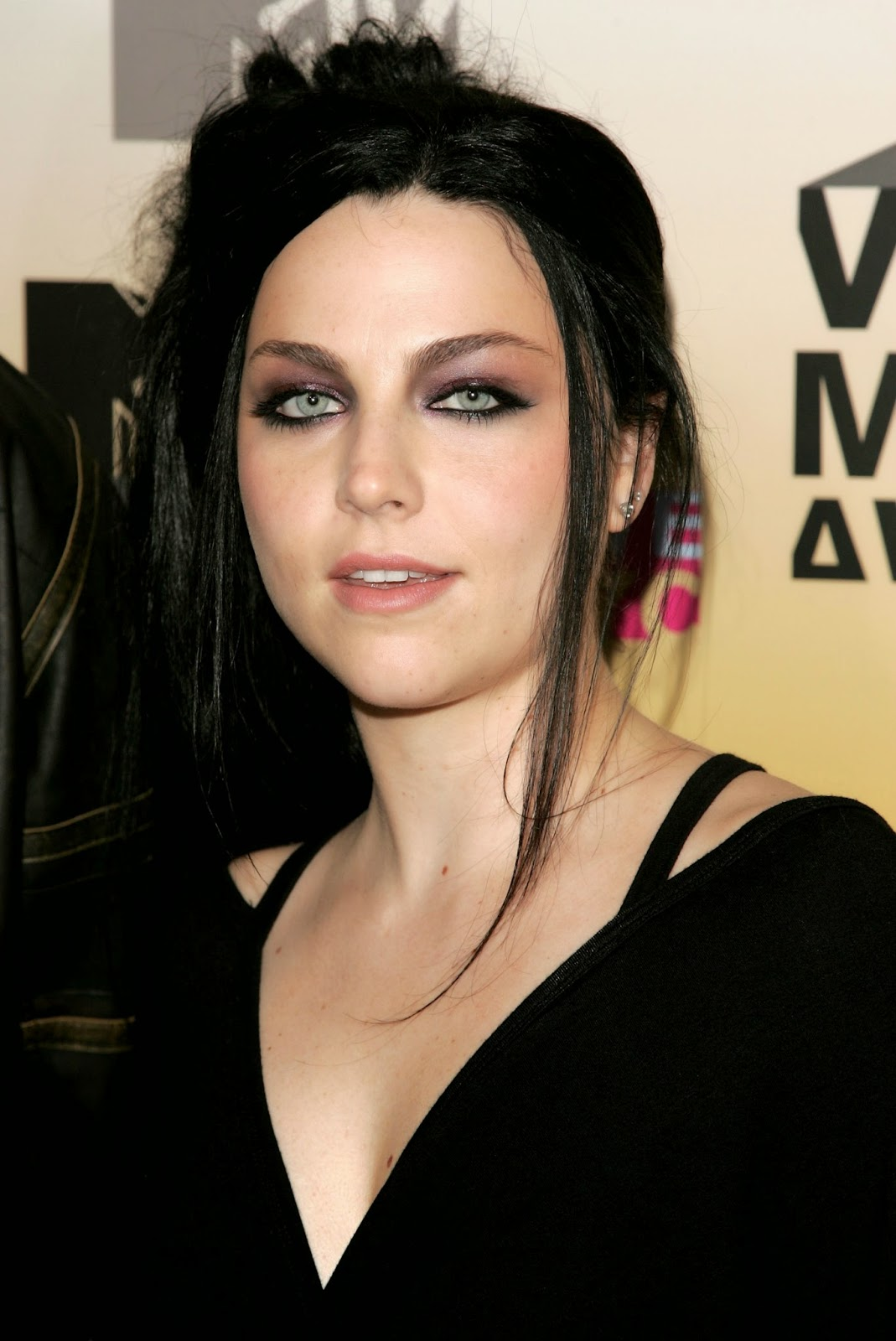 Not Amy lee gallery this excellent