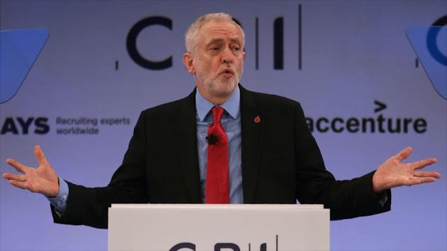 """Corbyn pide a reina Isabel disculparse por """"papeles del paraíso"""""""