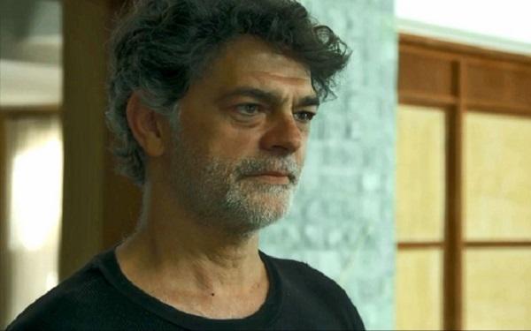 Murilo também tem uma marca de pata de gato nas costas (Imagem: Reprodução/TV Globo)
