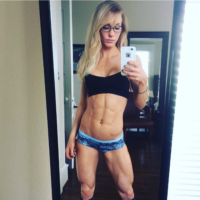 Fitness Model Rachel Scheer photos