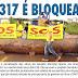Moradores de Brasileira bloqueiam a BR-317 com tora de madeira