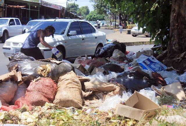 Ciudad Guayana arropada en basura