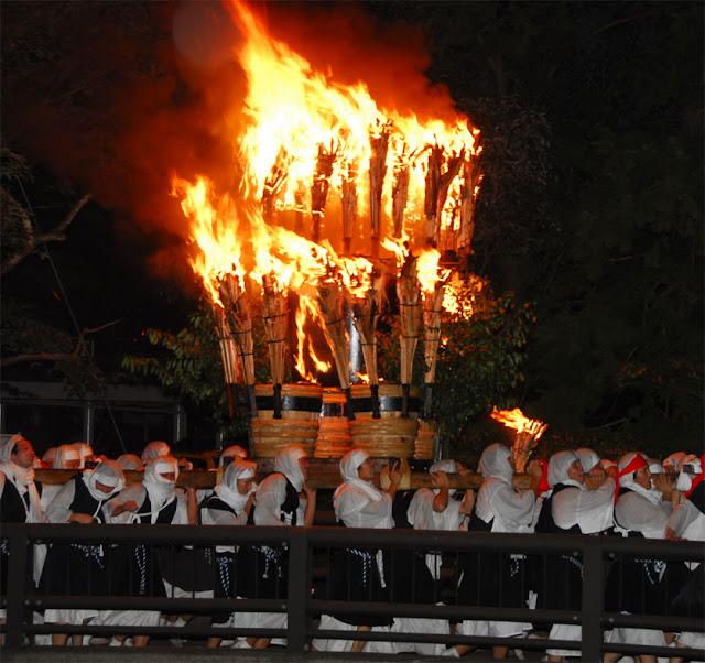 Sohe Matsuri (parade with fire by armed priest), Komono Town, Mie Pref.