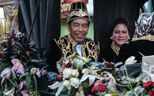 Sebut Syarat Presiden Pernah Jadi Presiden, Jokowi Bergaya Orba dan Raja