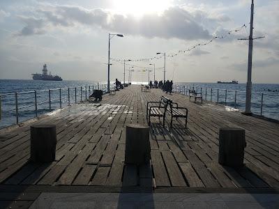 molo Limassol zimą
