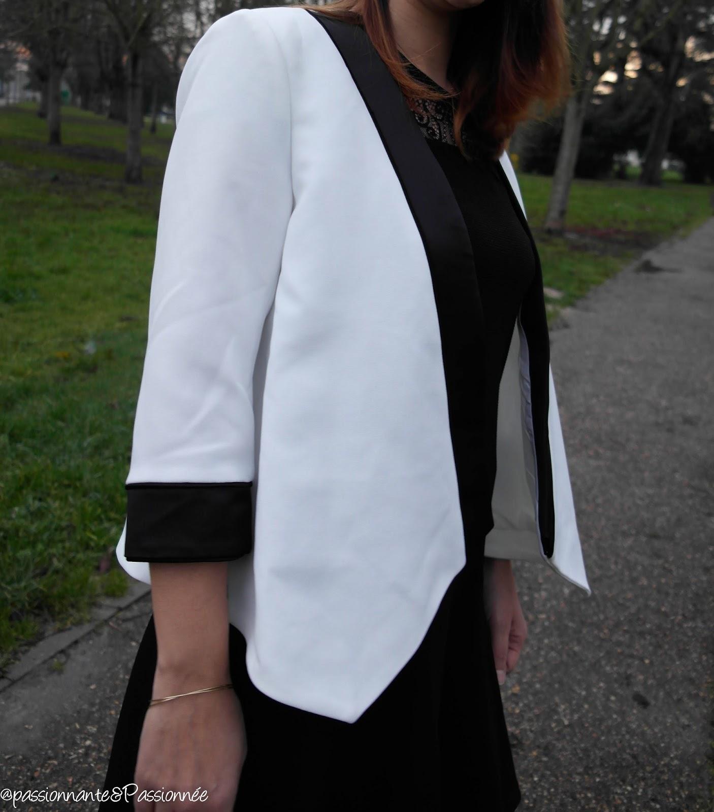detail blazer