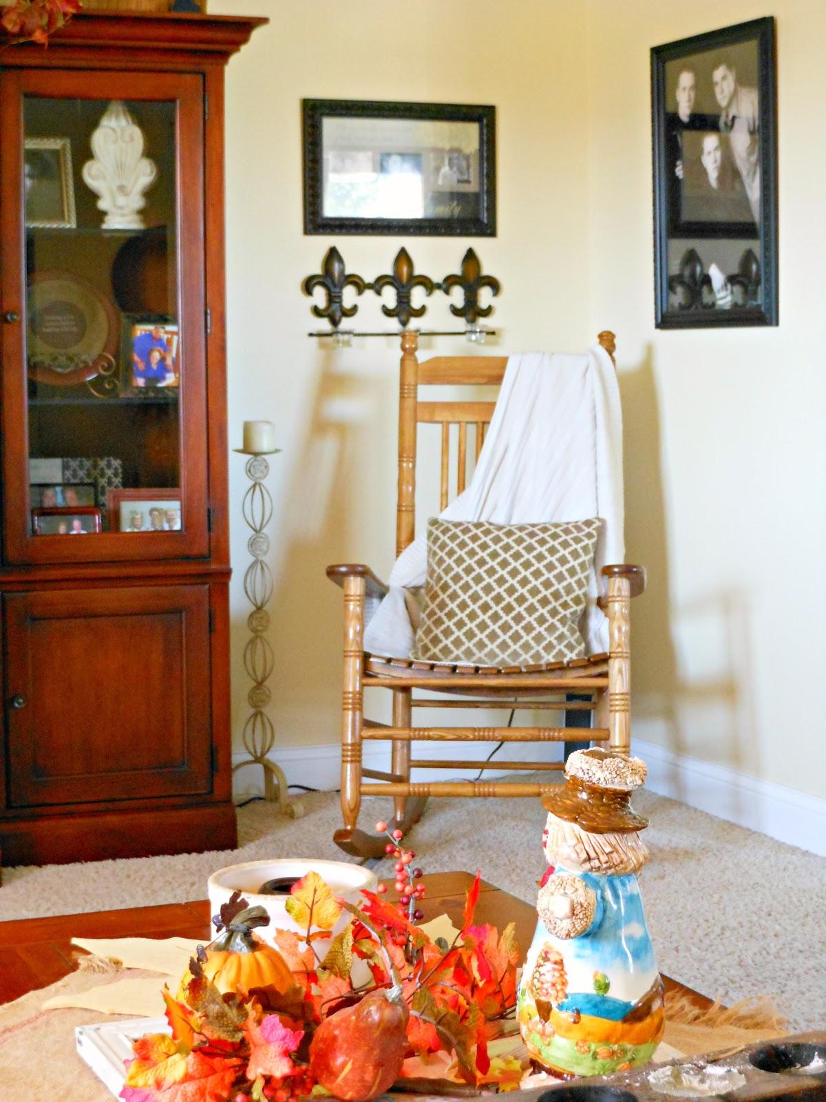 Autumn Living Room Decorating Ideas: If The Creek Don't Rise: Autumn Home Tour