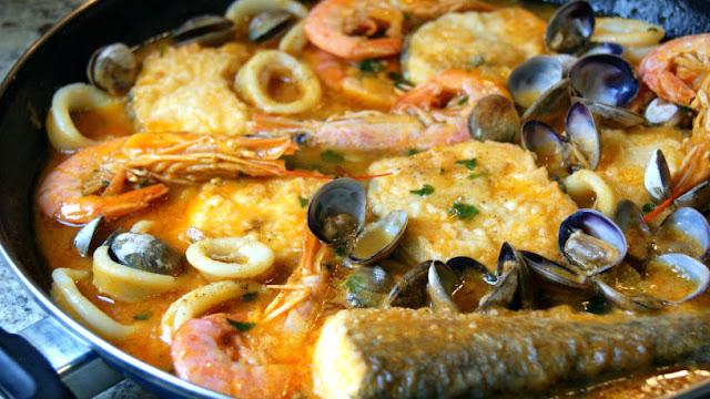 http://www.annarecetasfaciles.com/2015/03/zarzuela-de-pescado.html