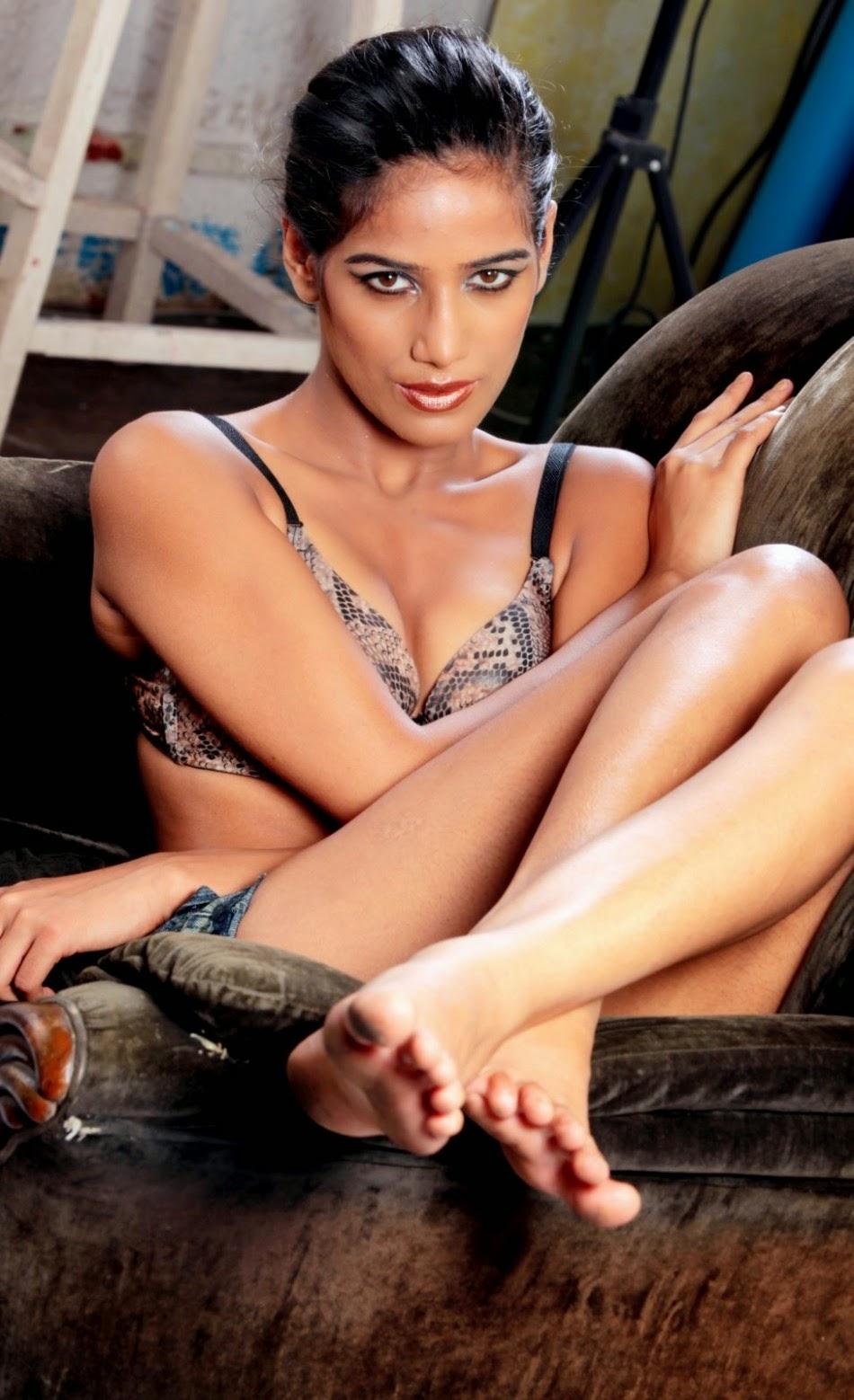 Namitha nude hd images-8143