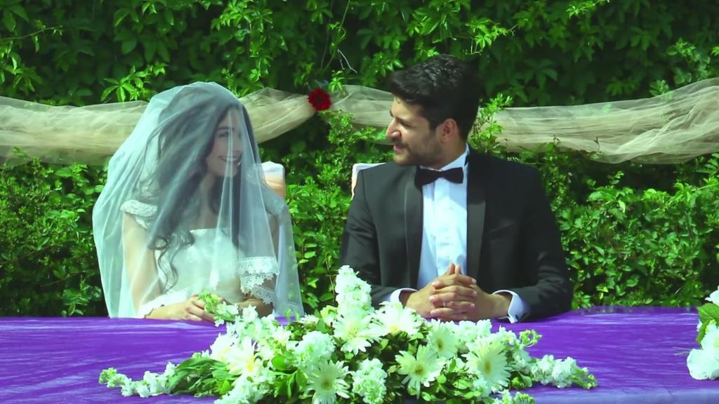 Elif Odcinek 186 ślub Selima I Zeynep Strzał I Krew Streszczenie