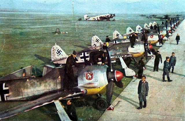 Focke-Wulf Fw-190 squadron Planes in color worldwartwo.filminspector.com