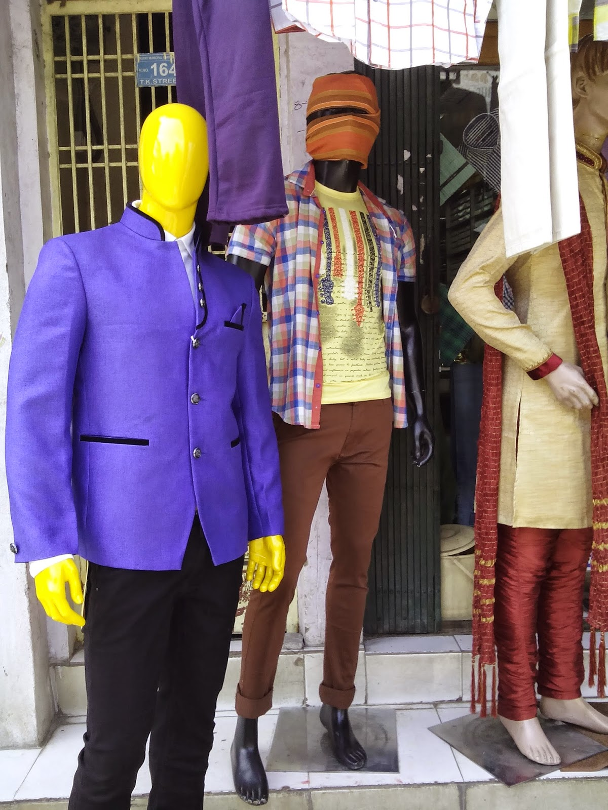 pick N wear cloth show room Tirupati