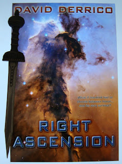 Portada del libro Right Ascension, de David Derrick