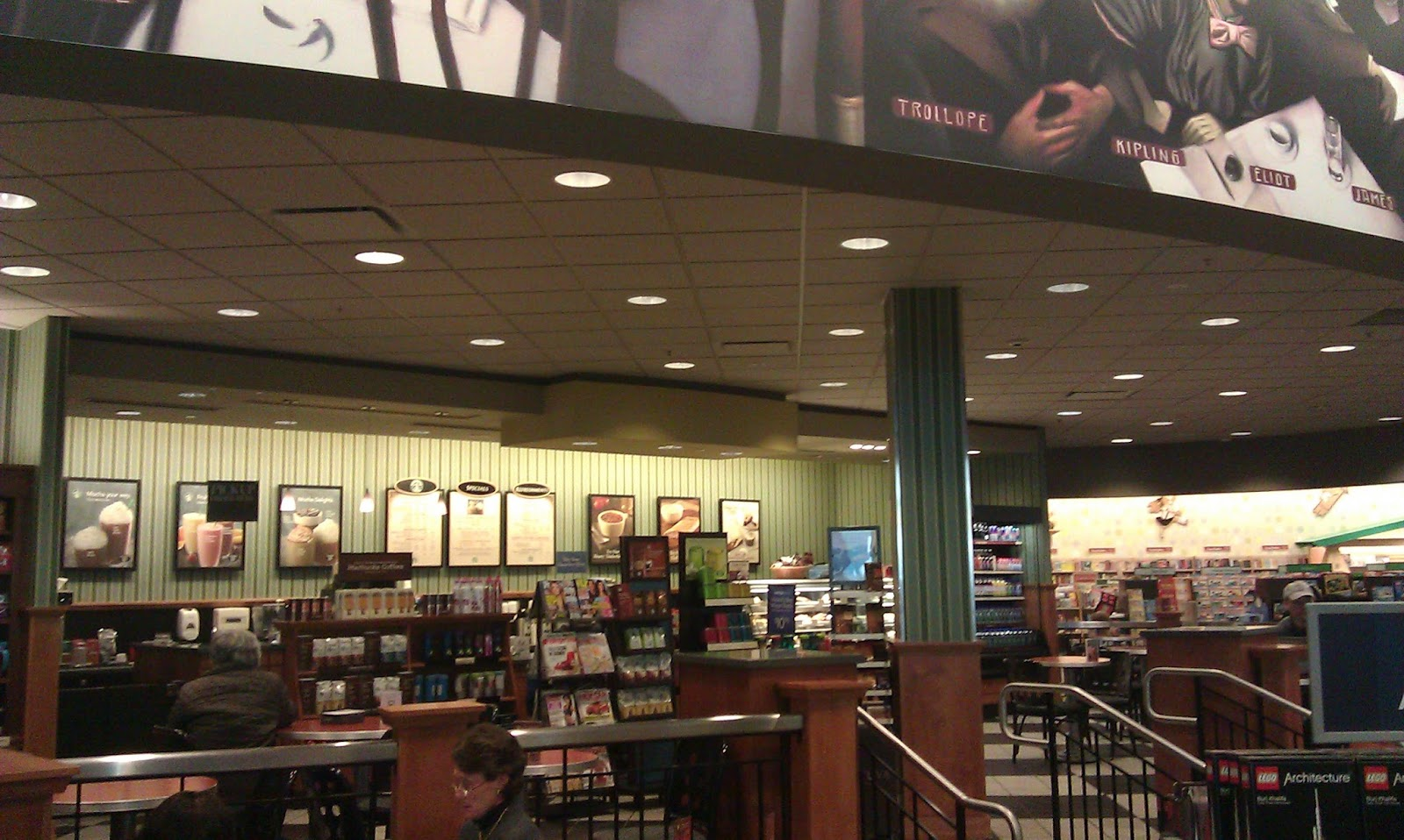 barnes and noble cafe hours  barn