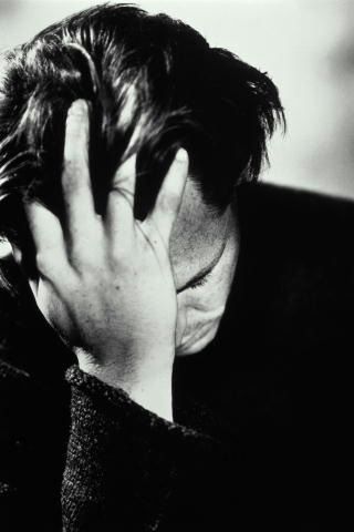 استرجعت عذريتي و استعدت شرفي و انقذت سمعة اهلي دفعتني إلى معاشرتها لتدمر حياتي و أسرتي هددتني بالزواج أو السجن و الفضيحة