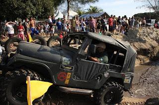 http://vnoticia.com.br/noticia/3043-jeep-clube-de-sjb-realiza-evento-para-comemorar-o-13-aniversario