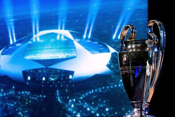 """UEFA anuncia uma """"nova Champions League"""""""