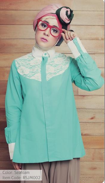 10 Contoh Model Baju Muslim Artis Risty Tagor