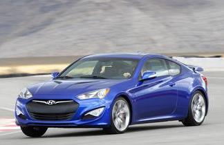 Mobil sports dengan konsumsi bahan bakar paling irit Hyundai Genesis Coupe