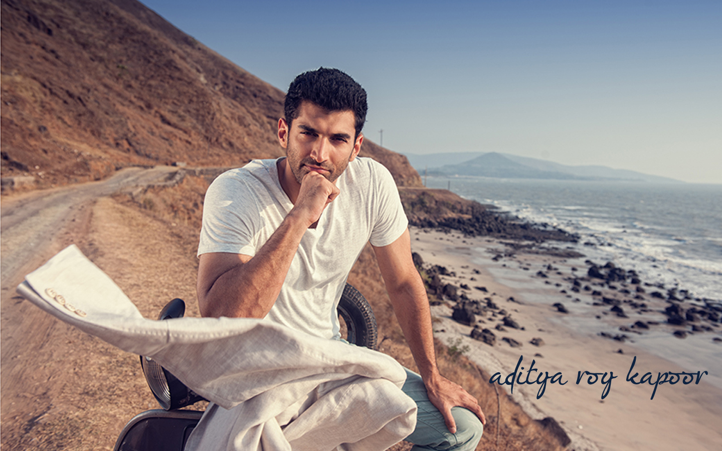 Best And Hot Bollywood Actor Aditya Roy Kapoor Wide Screen