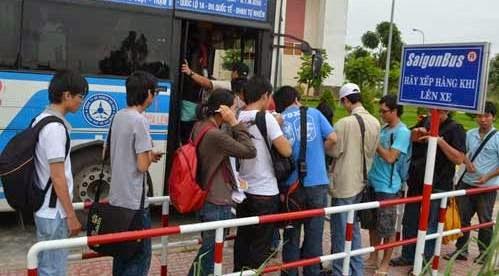 Xe buyt Sai Gon di Dai Nam Binh Duong