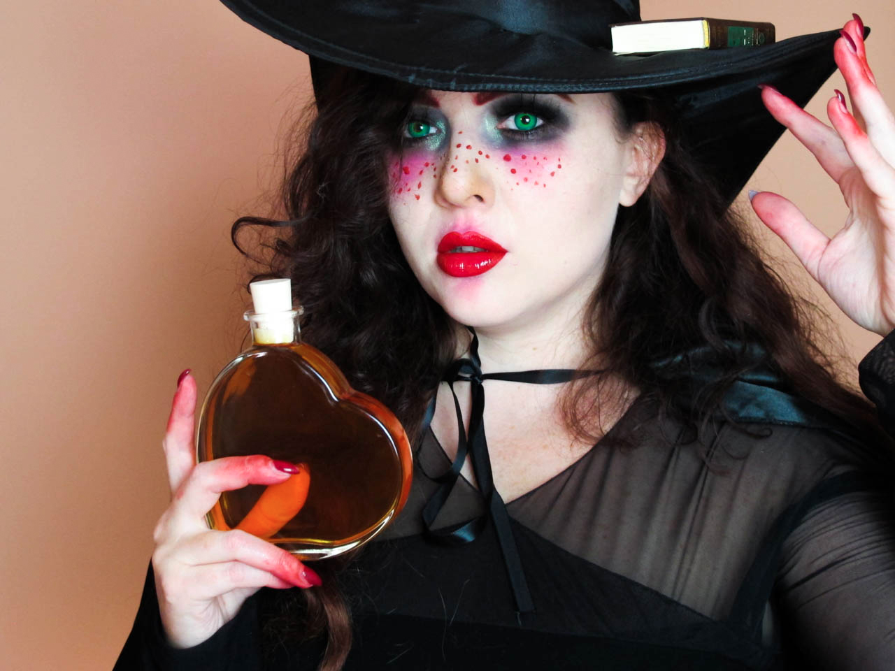 Babyredvamp Makeup