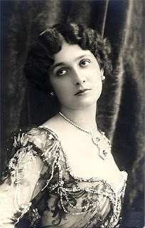 Lina Cavalieri was described as 'the world's most beautiful woman'
