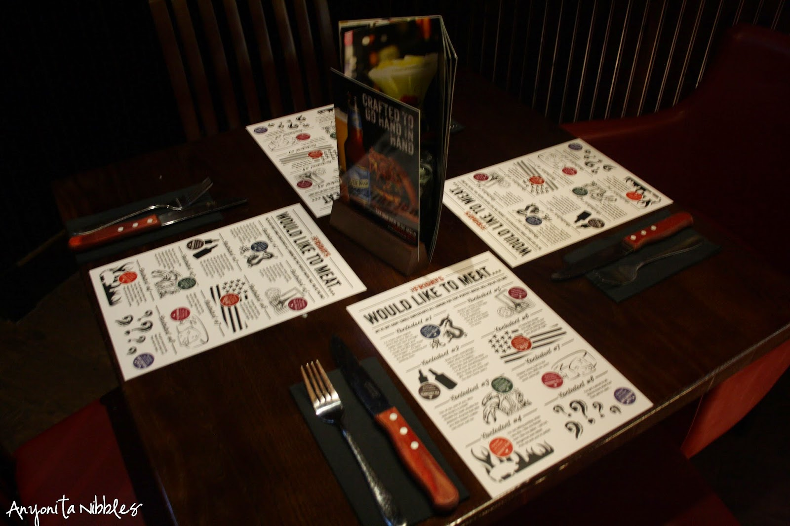 The burger blind date: an event from TGI Friday's