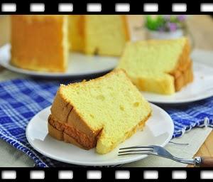 http://caroleasylife.blogspot.com/2014/06/chiffon-cake.html#more