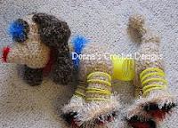 http://www.donnascrochetdesigns.com/slinky/alien-slinky-dog-free-crochet-pattern.html