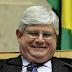 Janot deve explicar ao Brasil porque o criminoso Joesley está em Nova York aproveitando o fruto dos seus roubos