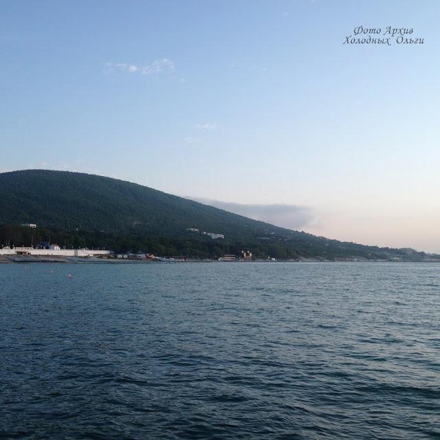Черное море Кабардинка