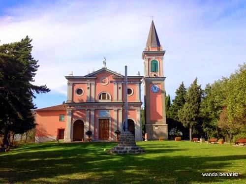 Faccciata del santuario della Madonna di Serra