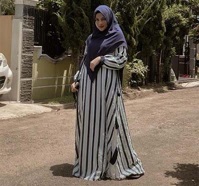 Davina Karamoy Berhijab 4
