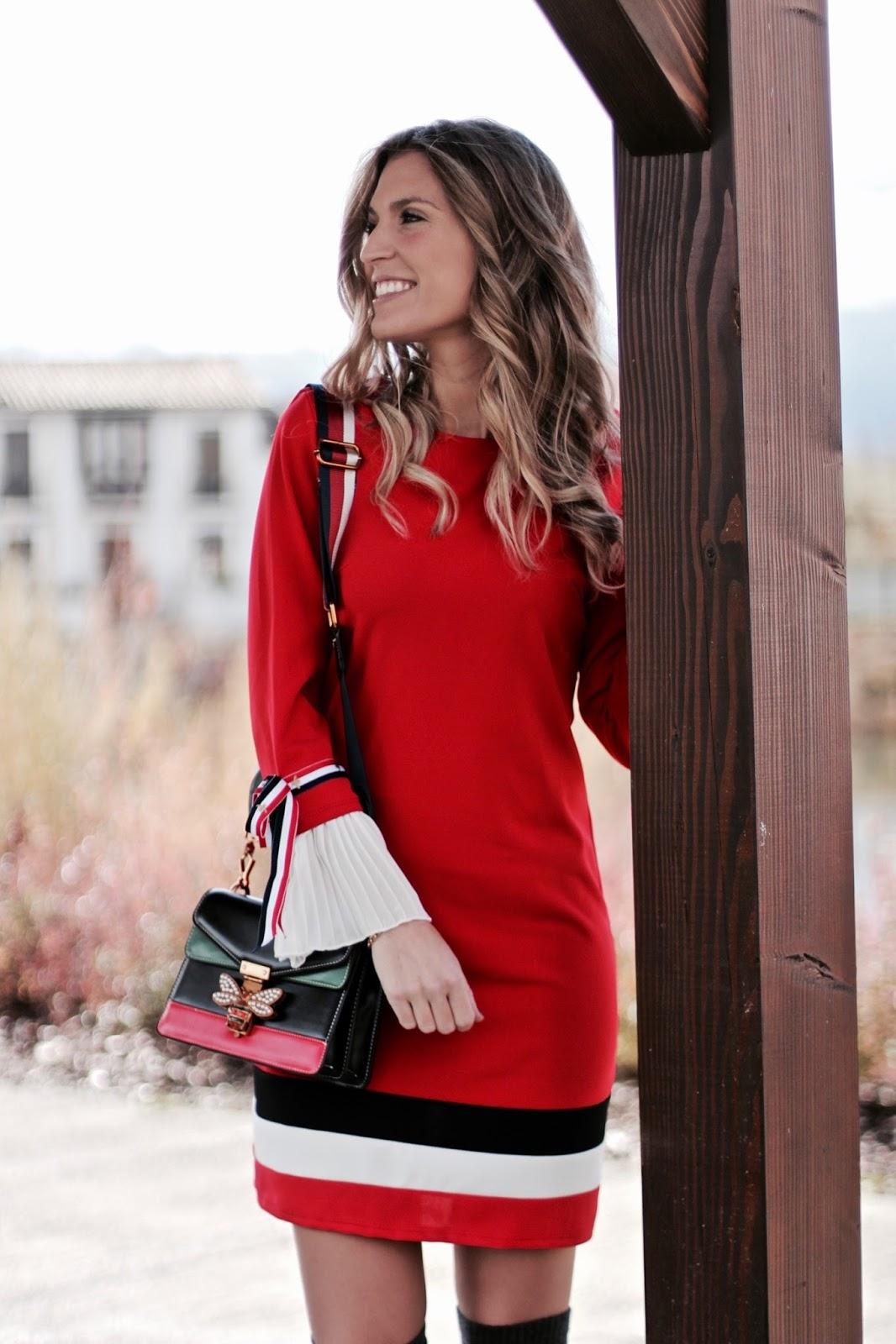 vestido rojo otoño